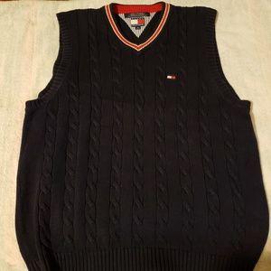 Sleeveless sweater/ vest